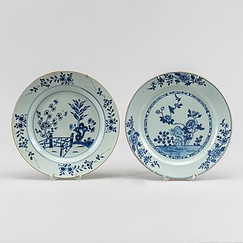 Fat, två stycken, kompaniporslin. Qingdynastin, Qianlong (1736-95).