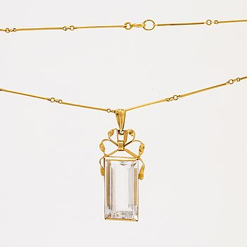 Ateljé Stigbert, pendant and chain, 18k gold and rock crystal, Stockholm 1949.