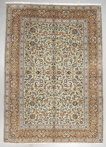 A carpet, kashan, ca 373 x 267 cm.
