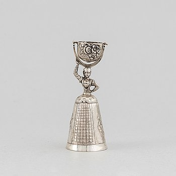 A silver wedding cup, probably Austria, first half of the 20th century.