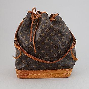 Louis Vuitton, a monogram canvas 'Noé' handbag.