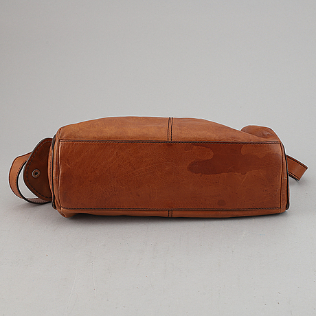 Tod's, a brown leather handbag.
