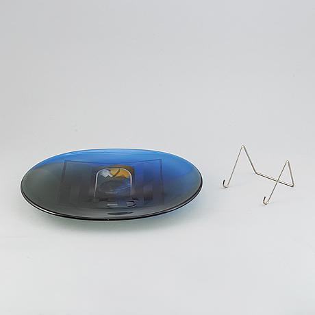 A glass sculpture by bertil vallien, kosta, unique, signed.