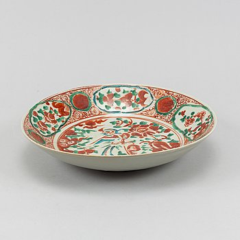 A Swatow dish, Southeast Asian market, Ming dynasty (1368-1644).