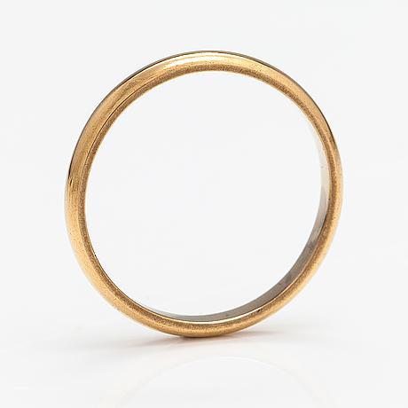 Ring, 18k guld. auran kultaseppä. åbo 1956.