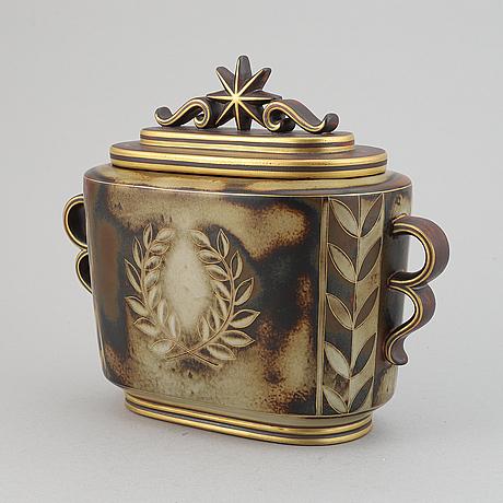 Gunnar nylund, a lidded porcelain vase 'flambé', rörstrand lidköping.