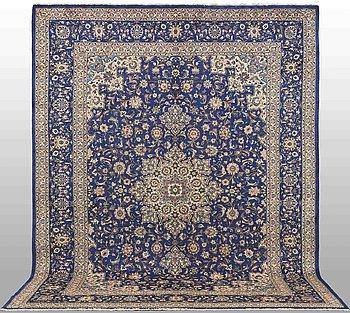 Matta, Kashmar, ca 390 x 300 cm.