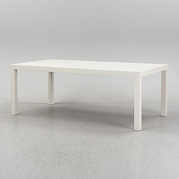 A 'Parson' model dinner table, contemporary.