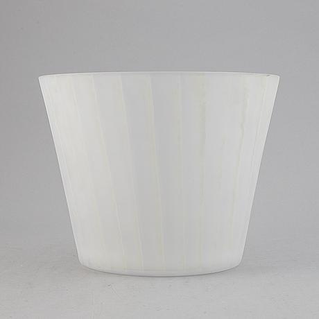 Ingegerd råman, a glass vase, orrefors.