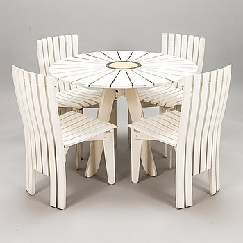 Alvar Aalto, A five-piece 'Aurinko' (Sun-series) garden furniture set for Artek, late 1900s.