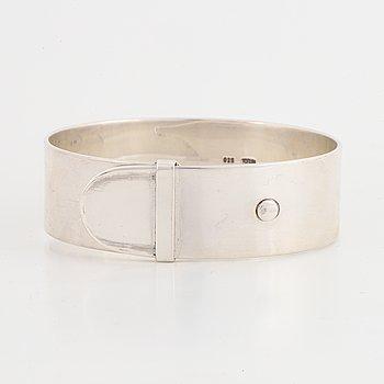 """Vivianna Torun Bülow Hübe, a sterling """"belt"""" bracelet, Jakarta Indonesia."""