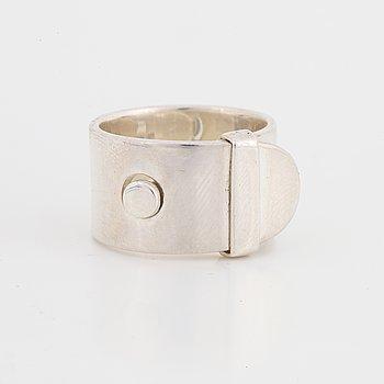 "Vivianna Torun Bülow Hübe, a sterling silver ""belt"" ring, Jakarta Indonesia."