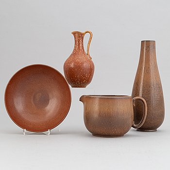 Gunnar Nylund, a set of two stoneware jugs, a bowl and a vase, Rörstrand, 1940's.