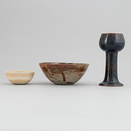 Stig lindberg, vas och skålar, 2 st, gustavsbergs studio 1960, 1967 och 1972.