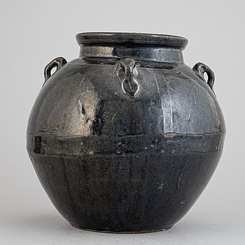 A Chinese stoneware black glazed jar, presumably 17th century or older.