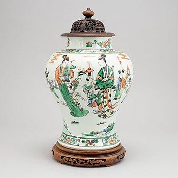 A Chinese famille verte Kangxi style vase, 20th Century.
