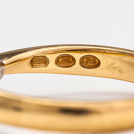 An 18k gold ring with a ciamond ca. 1.00 ct. kultakeskus, hämeenlinna 2018. with gia certificate.