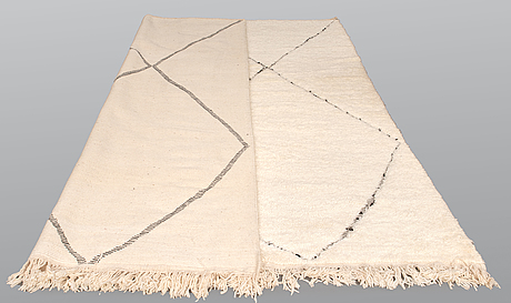A moroccan carpet, 333 x 254 cm.