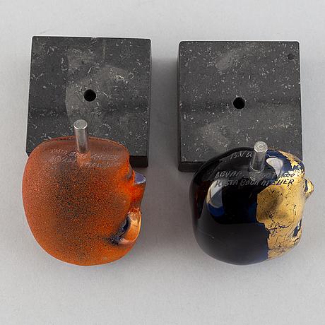 Bertil vallien, two glass sculptures 'brains', kosta boda atelier.