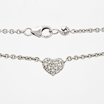 """Ole Lynggaard, a collier """"Hearts"""" 18K white gold and diamonds 0,16 ct, weight 6,9 gr."""