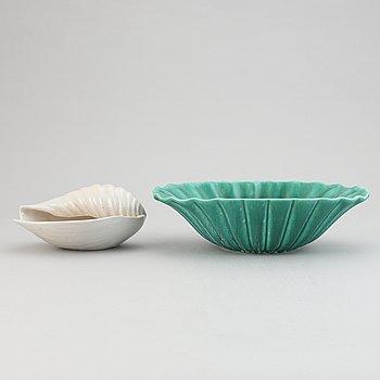 Ewald Dahlskog, two ceramic bowls, model D208 and S313, Bo Fajans, Gävle, Sweden 1941-53.
