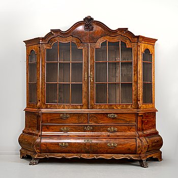 A Louis XV walnut display cabinet Netherlands 18th/19th century.