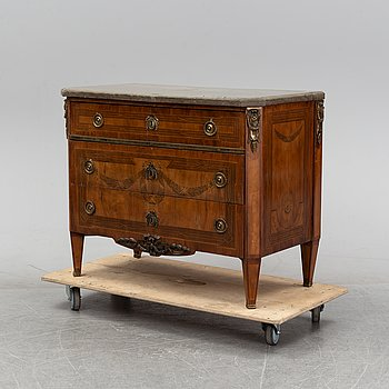 A Gustavian style chest of drawers, 19th Century.