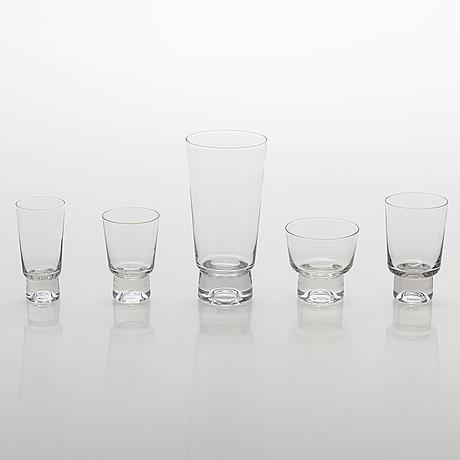 """Tapio wirkkala, glasservis, 47 delar, """"future"""". iittala, 1900-talets slut."""