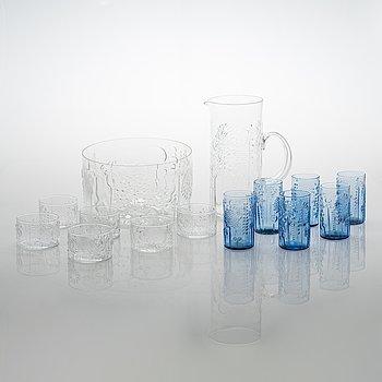 """Oiva Toikka, A 14-piece glass ware """"Flora"""" for Nuutajärvi."""