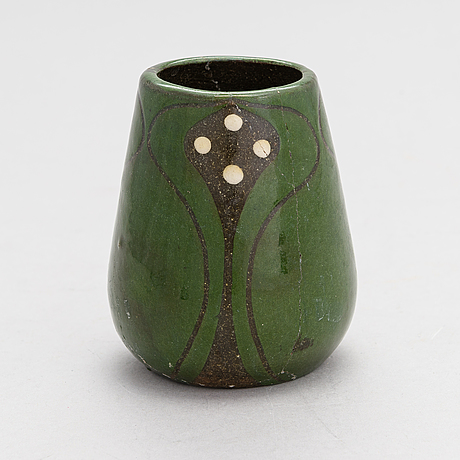 Alfred william finch, a vase 1900 by iris finland.