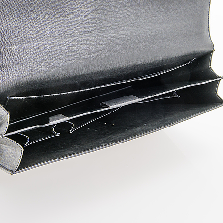 """Louis vuitton, a """"moskova"""" briefcase."""