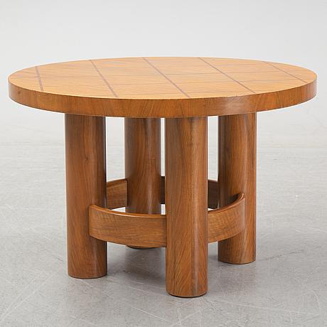A walnut coffee table, reiners möbler, mjölby, 1930/40s.