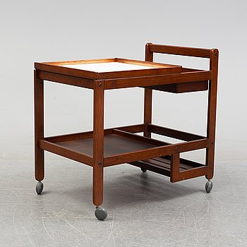 A stained wood rdinks trolley, second half of the 20th century.