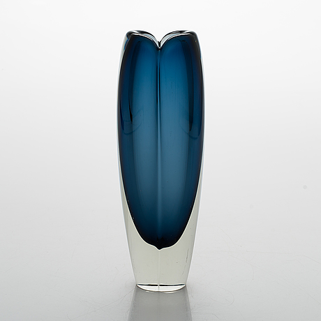 An 'usva' glass vase by kaj franck, signed k. franck nuutajärvi notsjö -62.