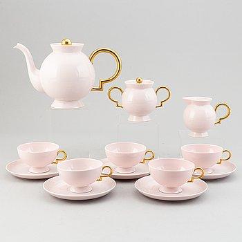 An 8-piece porcelain coffee service, Johann Haviland, Bavaria, 20th Century.