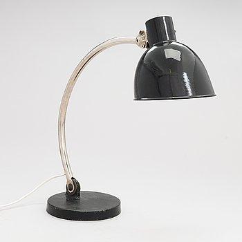Paavo Tynell, pöytävalaisin, malli 5305, 1900-luvun alkupuoli.