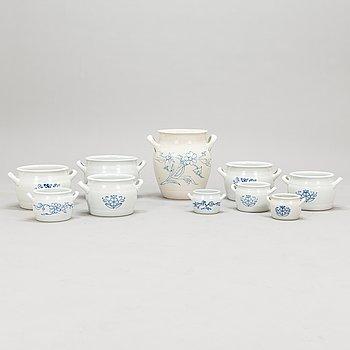 Set of nine ceramic butter jars and a honey urn, Arabia, 1930/40s.