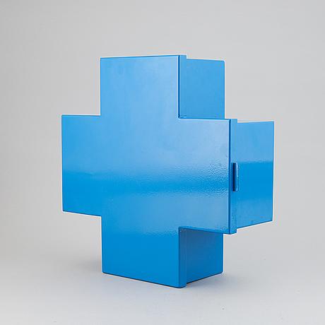 Thomas eriksson, a 'cross' cabinet, progetto oggetto, cappelini, italy.