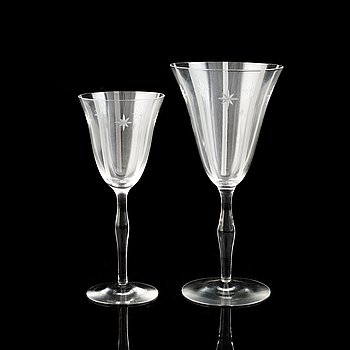 A 24-piece glass service, first half of the 20th Century.