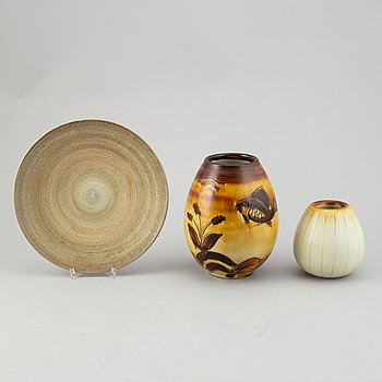 Gertrud Lönegren, two stoneware vases and a plate, Rörstrand, 1936-1941.