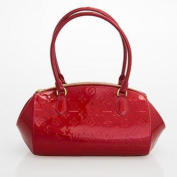 """Louis Vuitton, Monogram Vernis """"Sherwood"""", laukku."""
