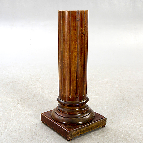 Pedestal,  first half of the 20th century.