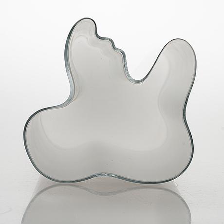 Alvar aalto, a glass vase, model no. 3031. signed alvar aalto 3031.