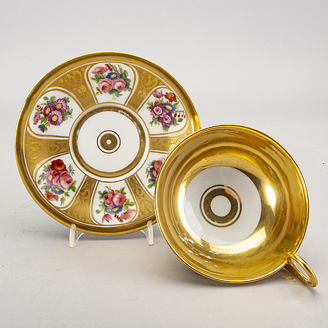 Koppar med fat samt skål 4 dlr märkta scholcher 1800-talets mitt.