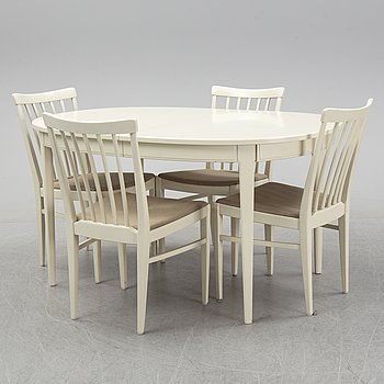 Carl Malmsten, a set of four 'Herrgården' chairs and one dining table from Åfors Möbelfabrik.