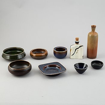 Carl-Harry Stålhane, a set of six stoneware bowls, a vase, a bottle and an ashtray, Rörstrand and Designhuset.