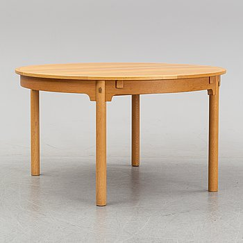 Børge Mogensen, an oak 'Öresund' dining table.