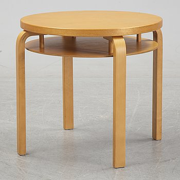 A table, modell no.70 by Alvar Aalto, Artek, Finland, 2004.