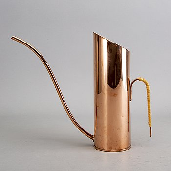 A Gunnar Ander copper water can for Ystad-metall second part of the 20th century.