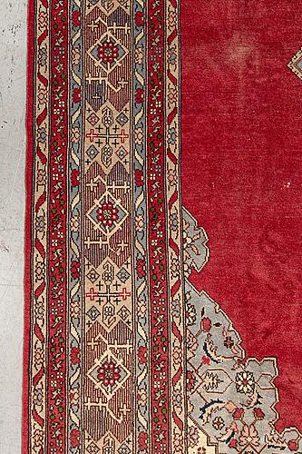A semintique tabris carpet ca 350x243 cm.